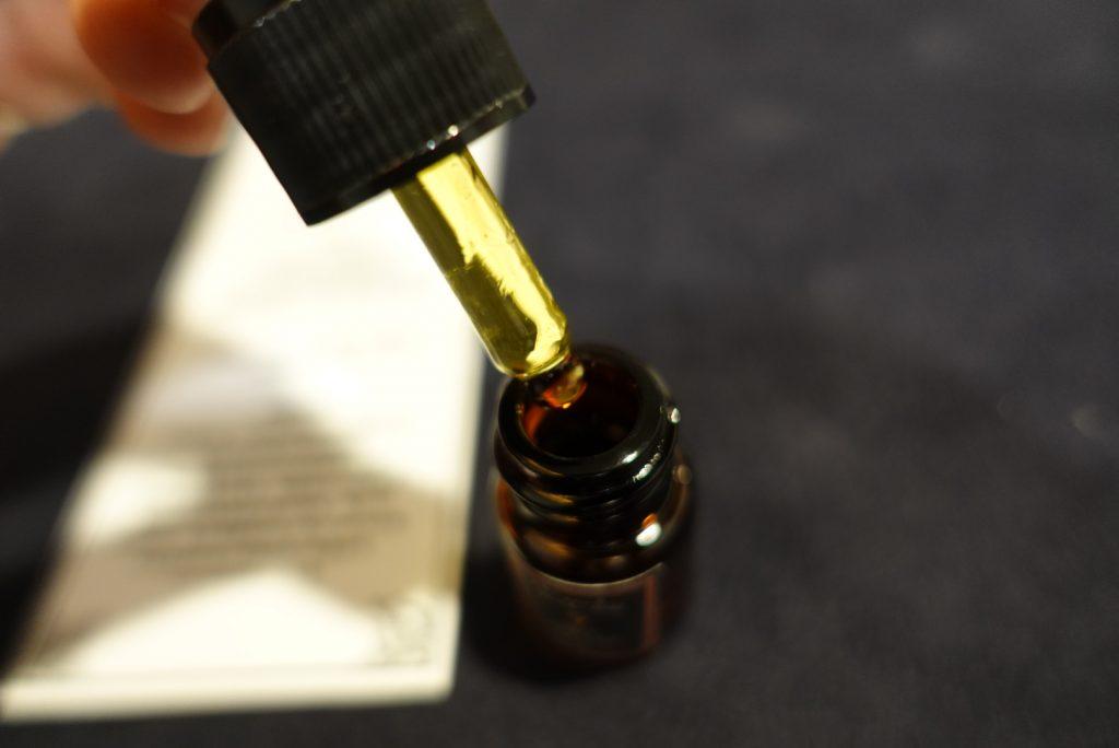 2021080120 Taipei Daan Kiwi Tarot Magic oil 1